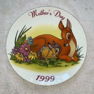 3/$30Grolier Collectibles Disney Mother's Day 1999